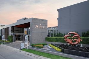 เช่าโฮมออฟฟิศเลียบทางด่วนรามอินทรา : ให้เช่าโฮมออฟฟิศสุดหรู 4 ชั้น ARCO Home Office ติด CHIC ทำเล 'เอกมัย-รามอินทรา' ซ.โยธินพัฒนา 11 พร้อมอยู่ เหมาะเป็นทั้งที่อยู่อาศัยหรือ 𝐇𝐎𝐌𝐄 𝐎𝐅𝐅𝐈𝐂𝐄