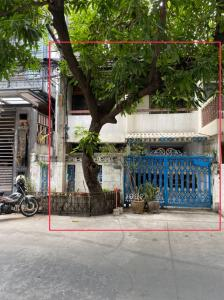 For SaleTownhouseKhlongtoei, Kluaynamthai : 2 storey townhouse for sale, Khlong Toei Niwet Village