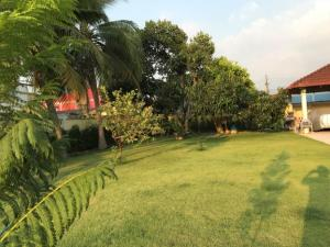 For SaleHousePattaya, Bangsaen, Chonburi : House for sale in Hua Khaek