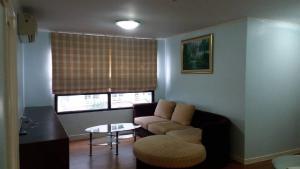 For RentCondoKhlongtoei, Kluaynamthai : RT0050 Condo Lumpinee Place Rama4 Sathorn for rent