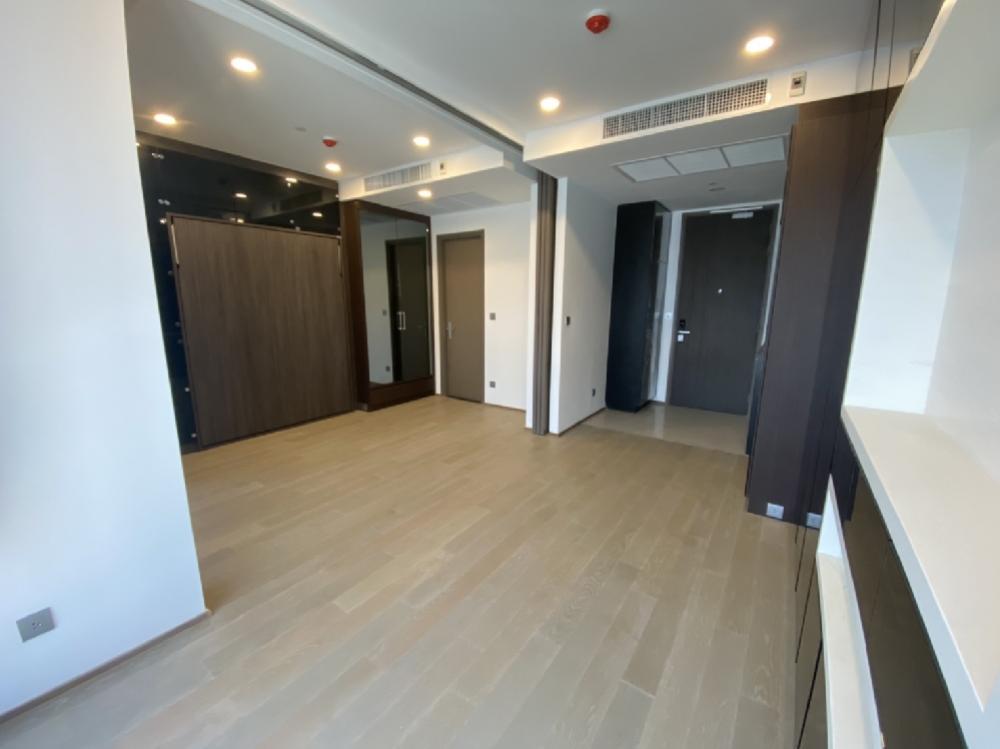 For SaleCondoSiam Paragon ,Chulalongkorn,Samyan : Sale new room Ashton chula-silom 1bedroom 32 sq m 7.7 mb (Ashton Chula-Silom). 062-6562896 Ray see the room every day. Ananda #Ashton #Condo investment #Condo below cost  #Condo next to the BTS #Good price condo #Premium condo # Buy condo # Cheap co