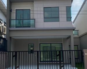 เช่าบ้านมีนบุรี-ร่มเกล้า : For Rent ให้เช่าบ้านแฝด บ้านใหม่ โครงการ เดอะแพลนท์ รามคำแหง วงแหวน ซอยมีสทีน เฟอร์นิเจอร์ครบ แอร์ 2 เครื่อง อยู่อาศัยเท่านั้น