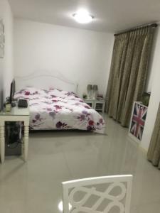 For SaleTownhousePattanakan, Srinakarin : Sell or rent townhome near Suan Luang Rama 9 Village, Nirun Ville 8, Sukhumvit 103, Suan Luang Rama 9 located on Chalermprakiat Rama 9 Road.
