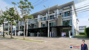 For SaleTownhouseRama 2, Bang Khun Thian : 🏡🔥👍 The cheapest sale! Townhome behind the corner Opposite Club House There is only one house, like a Pool Villa, recently painted the whole house (Town Avenue Rama II 30), Town Avenue Rama II 30.