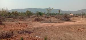 ขายที่ดินราชบุรี : ขายที่ดินสวยราคาถูกจำนวน 6 ไร่ 2 งาน  อ.จอมบึง จ.ราชบุรี