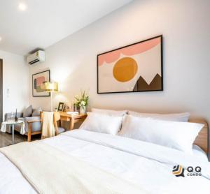 For RentCondoRama9, RCA, Petchaburi : For Rent  Ideo Mobi Asoke - Studio , size 29 sq.m., Beautiful room, fully furnished.