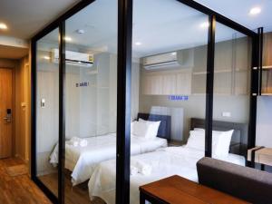 For RentCondoSathorn, Narathiwat : 32429 Condo for rent, Blossom Condo @ Sathorn-Charoenrat [Blossom Condo @ Sathorn-Charoenrat]
