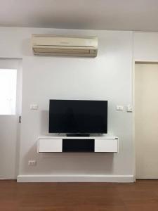 For RentCondoSukhumvit, Asoke, Thonglor : One X Sukhumvit 26 For rent !! 14,000 baht. Studio 35 sqm. Ready to move in