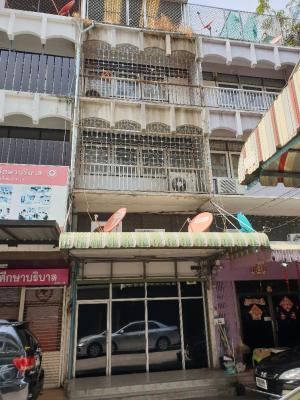 For RentShophouseSapankwai,Jatujak : Commercial building for rent next to BTS Saphan Kwai