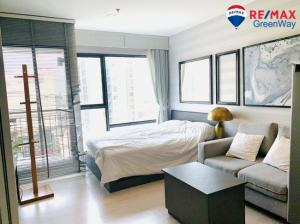 For SaleCondoRama9, RCA, Petchaburi : Condo for sale at Rhythm Asoke, 16th floor, fully furnished, near Rama 9 BTS station. And Central Rama 9 Sell below cost
