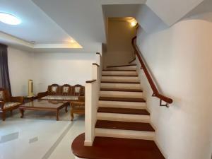 For RentTownhouseSamrong, Samut Prakan : 3-storey townhouse for rent, Supalai Ville Srinakarin-Kingkaew Village