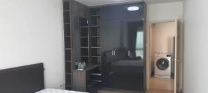 For RentCondoChengwatana, Muangthong : Condo for rent at Supalai City Resort Chaengwattana 🥝🥝 Floor 19, size 43.45 sq m, fully furnished with a washing machine.