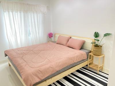 For RentCondoRatchadapisek, Huaikwang, Suttisan : 2365-A😊 For RENT 2 bedroom for rent 🚄 near MRT Rama 9 A Space Hideaway Asoke-Ratchada A Space Hideaway Asoke-Ratchada. 🔔 Area: 53.00 sq.m. 💲 Rent: 19,000 ฿ 📞O86-454O477, O99-5919653✅LineID: @sureresidence