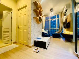For SaleCondoRatchathewi,Phayathai : Condo Chewathai Ratchaprarop, 1 bedroom 33 sqm. 15th floor, near BTS, ARL, expressway