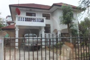 For SaleHouseKhon Kaen : House with land for sale. Khon Kaen (near Central / Ton Tan Market)