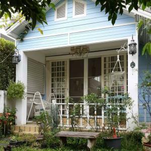 For RentHousePattanakan, Srinakarin : house for rent, Pattanakarn 38 road, AOL-F81-2104003745.