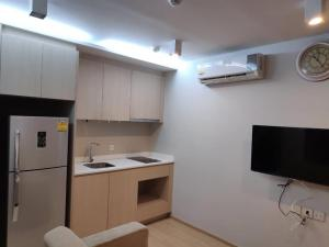 For RentCondoRatchathewi,Phayathai : +++ Urgent rental Maestro 12 *** 1 bedroom, size 27.5 sq m, fully furnished, ready to move
