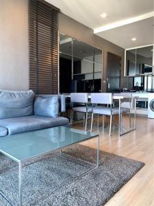 For RentCondoOnnut, Udomsuk : *** Quick rent !!! Skywalk condominium, 1 bedroom 52 sq.m., fully furnished. Do not block views ****