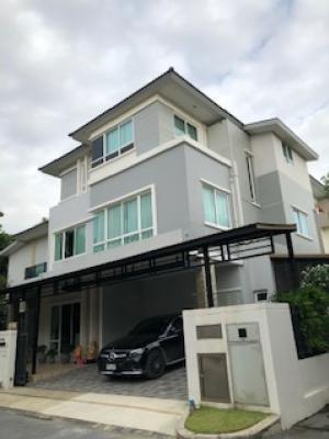 For SaleHousePattanakan, Srinakarin : Grand Bangkok Boulevard Rama 9 for sale, large 3-storey house