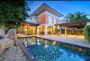 เช่าบ้านเชียงใหม่ : A5MG1559 ให้เช่าบ้านเดี่ยว 2 ชั้นสไตล์โมเดิร์น พื้นที่ 118 ตารางวา มี 6 ห้องนอน 6 ห้องน้ำ 1 ห้องครัว จอดรถได้ 2 คัน  ราคา 60,000 บาท