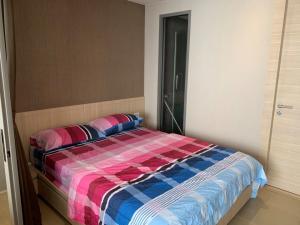 For RentCondoSilom, Saladaeng, Bangrak : For rent, Klass Silom, near Bangkok Bank Head Office, 1 bedroom * 19,500 / month.