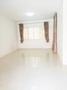 For SaleTownhouseSamrong, Samut Prakan : Townhome for sale, The Connect 1, King Kaew 43, good value, Suvarnabhumi, 22 sq.wa., 2 floors, 3 bedrooms.