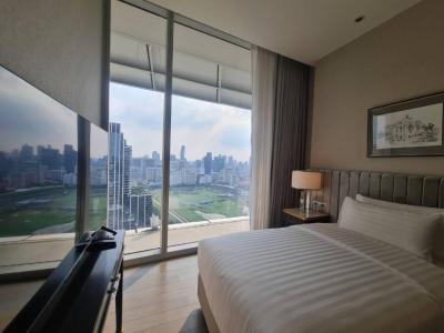 For RentCondoWitthayu,Ploenchit  ,Langsuan : Ratchadamri Road – For Rent 2-bedroom Service Residence Full Service – High Floor