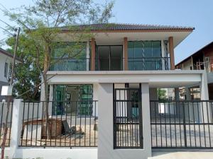 For SaleHouseChiang Mai : Single detached house new build Big back, inexpensive