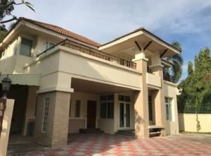 For RentHouseNawamin, Ramindra : 2 storey detached house for rent, big house, 95 square meters, Baan Suan Amon Phan Village, Suan Siam, 6-7 car parking spaces, fully furnished, 3 air conditioners, very good location.