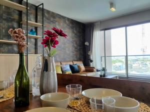 For SaleCondoSukhumvit, Asoke, Thonglor : POJ 248 For sale, The LOFTS Ekkamai, 2 bedrooms (corner room), fully furnished, ready to move in, close to BTS Ekkamai, only 250 meters.