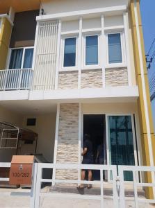 For RentHouseOnnut, Udomsuk : Single house for rent Golden Town 2 Village On Nut - Ladkrabang
