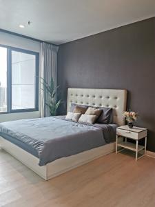 เช่าคอนโดพระราม 9 เพชรบุรีตัดใหม่ : [Rent] Villa Asoke 52sqm 1Bed1Bath 30Floor North Fullyfurnished Highfloor