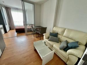For RentCondoThaphra, Wutthakat : For rent, President Condo, size 30 sqm. 1 bedroom, next to BTS and MRT Bang Wa, fully furnished, built-in room.