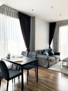 For RentCondoSukhumvit, Asoke, Thonglor : For rent Ceil By Sansiri (Ekamai) Nearby BTS Ekamai