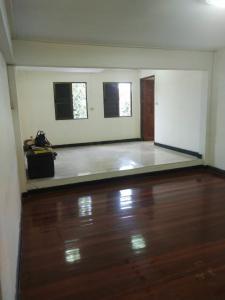 For RentHouseRama 2, Bang Khun Thian : Twin house for rent, corner behind Lotus Rama 2.