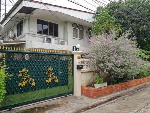 For RentHouseRatchadapisek, Huaikwang, Suttisan : ⭐ House for rent !! Dragon Location - Ratchada ⭐