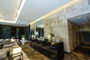 For RentCondoRama9, RCA, Petchaburi : 🔥 Urgent !! Condo for rent: Rhythm Asoke 2 ♥ ️ Fully furnished, new and very beautiful room. Ready to move in