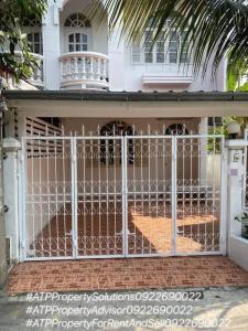 For RentTownhousePattanakan, Srinakarin : ** For rent 18,000 ** Townhouse, renovate the whole house @ Pattanakarn Near the airport link, both Ramkhamhaeng and Hua Mak.
