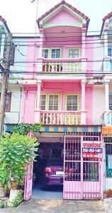 For SaleTownhouseBangbuathong, Sainoi : Cheap 3-storey townhouse for sale, Baan Phasukaniwet, Bang Bua Thong.