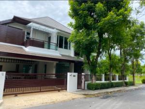 For RentHouseBangna, Lasalle, Bearing : House for rent 💥 Corner plot Blue Lagoon (Blue Lagoon) Bangna - Ring Road, good atmosphere, shady, private, can be accessed in many ways, near Mega Bangna, near Ramkhamhaeng University, Bangna Campus Near Thung Sethi Temple