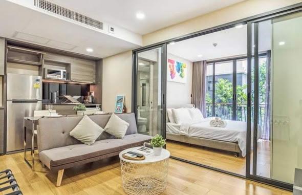 เช่าคอนโดวิทยุ ชิดลม หลังสวน : Condo low rise near BTS Chidlom just 200 m. for rent : 1 bed room for 34 sqm. with modern furniture and electrical appliances.Rental only for 24,000 / m. discount from 30,000 / m.