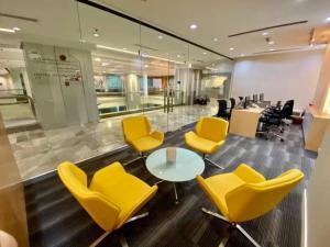For RentOfficeSilom, Saladaeng, Bangrak : Office for rent / sale, business location, CP Tower, Silom