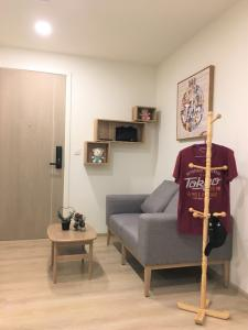 For SaleCondoOnnut, Udomsuk : M3405-Condo for sale, Chambers On Nut Station, near BTS On Nut and expressway.There is a washing machine, fully furnished, ready to move in