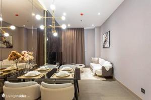 For RentCondoRama9, RCA, Petchaburi : Rental: The Esse At Singha Complex
