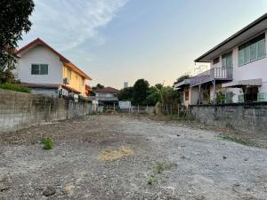 For RentLandRama5, Ratchapruek, Bangkruai : NA-L4000 Land for rent, 120 square meters, Soi Tiwanon 25, access in many ways.