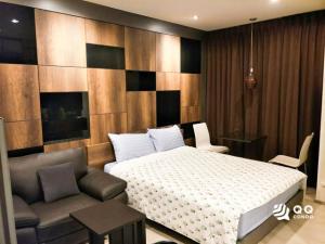 For RentCondoRama9, Petchburi, RCA : For Rent Rhythm Asoke - Studio , size 23 sq.m., Beautiful room, fully furnished.