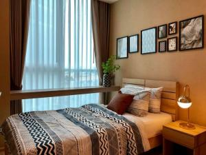 For SaleCondoRatchadapisek, Huaikwang, Suttisan : ✅ Sell / rent Noble Revolve Ratchada 2 near MRT, size 38.72 sq m, fully furnished and electric appliances ✅