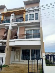 For RentTownhouseKaset Nawamin,Ladplakao : NA-H4032 3-storey townhome for rent, Panasiri Residence Project, Kaset-Nawamin, Soi Mailarp, near Nawamin City Avenue, size 30.2 sq m.