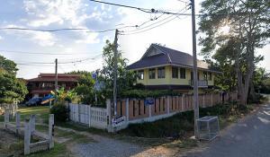 ขายบ้านเชียงใหม่-เชียงราย : C8MG100248 ขายบ้านเดี่ยว 2 ชั้น  บ้านนอกโครงการทำเลย่านเศรษฐกิจ  บ้านเดี่ยว 2 ชั้น 4 ห้องนอน 3 ห้องน้ำ เนื้อที่ 101 ตรว.ขายในราคา 3.5 ล้านบาท