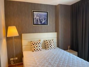 เช่าคอนโดคลองเตย กล้วยน้ำไท : 🔥 ให้เช่าที่่พักใกล้ BTS เอกมัย คอนโดแอสปาย พระราม 4 แต่งครบพร้อมอยู่ ห้องสวย เดินทางสะดวก 🔥